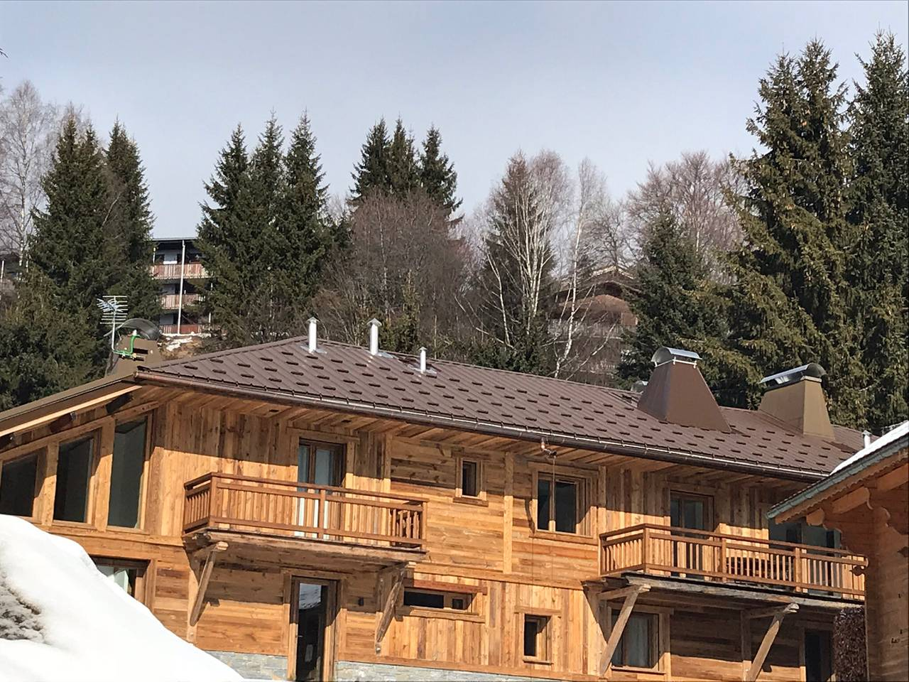 Chalet seen from the garden